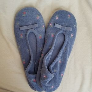 Add on $5 NWOT Isotoner Ballet Style Slippers